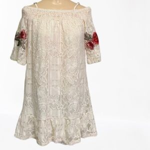COCO + JAIMESON LACE AND EMBROIDERED TUNIC TOP